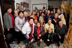 4d21302005 Centrum Dziedzictwa Kujaw Zachodnich w Łojewie odwiedziła liczna grupa seniorów  z Uniwersytetu Trzeciego Wieku we Włocławku.